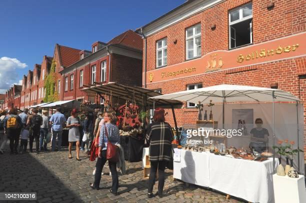 Potsdam Holländisches Viertel Stadtviertel 26 Töpfermarkt Veranstaltung