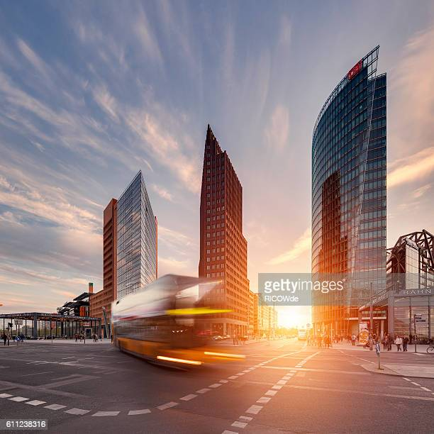 potsdamer platz at sunset with traffic - sony center berlin stock pictures, royalty-free photos & images