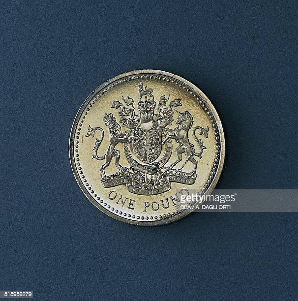1 pound coin reverse shield of Great Britain United Kingdom 20th century