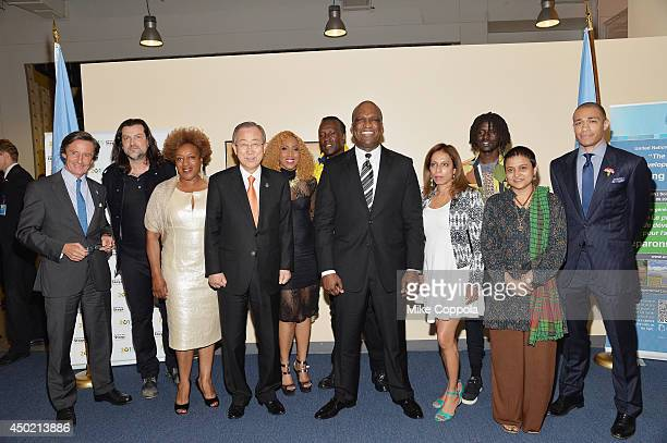 C C H Pounder Ban Kimoon Tizzy Ban Kimoon David Rudder John William Ashe Emmanuel Jal Sumi and TJ Holmes pose for a picture at the 'Setting The Stage...