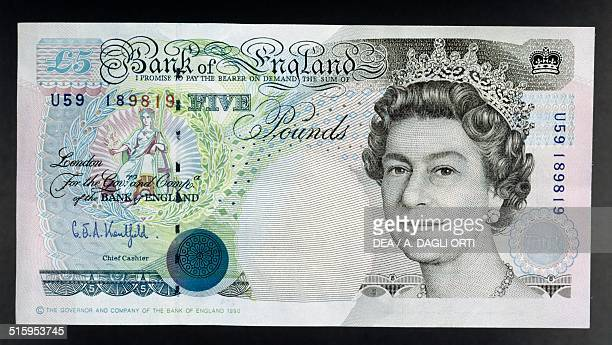 5 pounds banknote 19801989 obverse queen Elizabeth II England United Kingdom 20th century