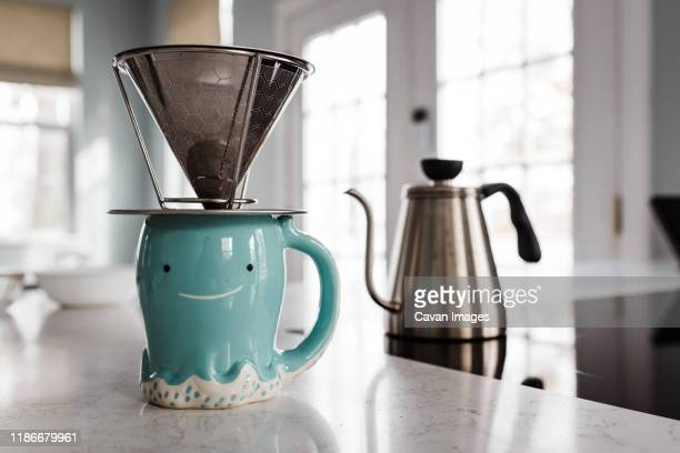 pour over coffee maker - やかん ストックフォトと画像