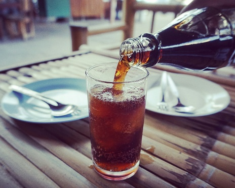 Pouring Cola - gettyimageskorea