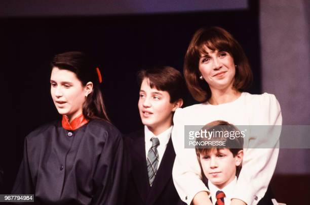 L'épouse de Brian Mulroney Mila et leurs enfants Caroline Ben et Mark le 21 novembre 1988 Canada
