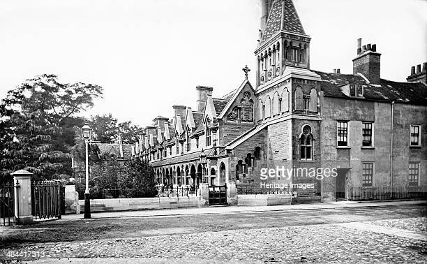 Powell's Almshouses Fulham London c18601922 Powell's Almshouses an Lshaped block with a tower to the west founded in 1680 but rebuilt in 1869