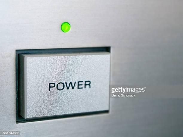 power button - bernd schunack stockfoto's en -beelden