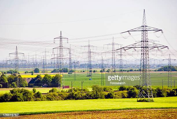 power, conduct electricity energy, energiepreise, sky, high voltage, high-voltage line, charring district - tariff stock pictures, royalty-free photos & images