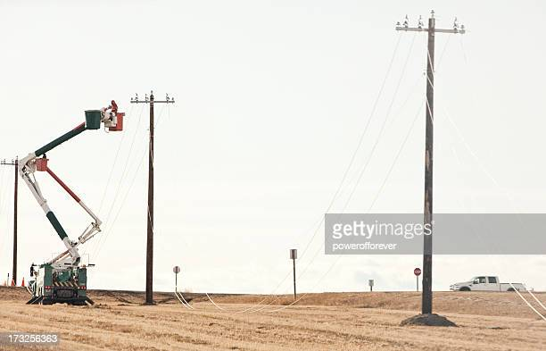 Power Line Technicians Stringing Cable