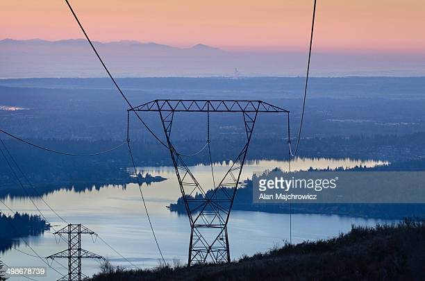 Power lines and transmission towers Washington