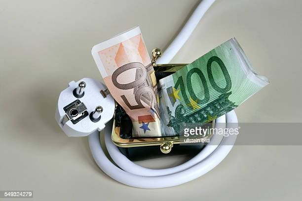 Power plug wrapped around a purse