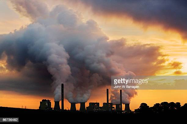 power station - coal stock pictures, royalty-free photos & images