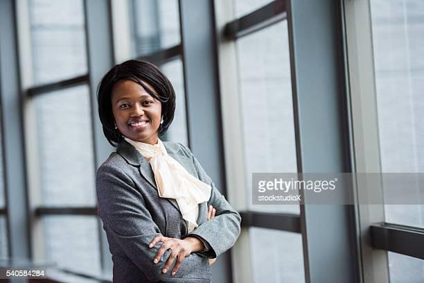 Puissant Africain cadre féminin
