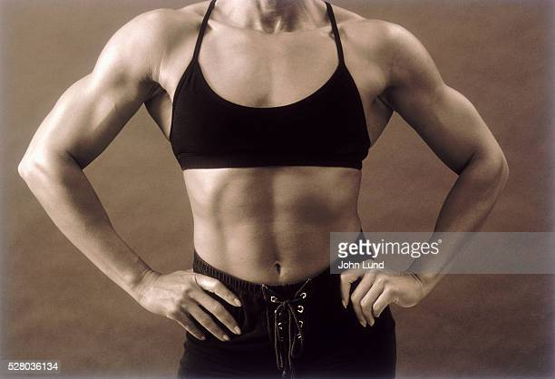 powerful woman - female bodybuilder stock pictures, royalty-free photos & images