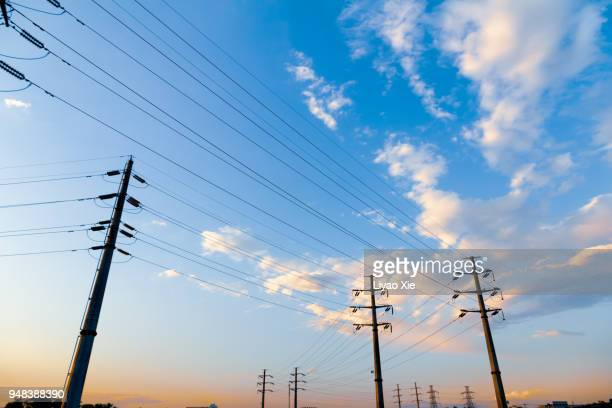 powerlines - power line stock pictures, royalty-free photos & images