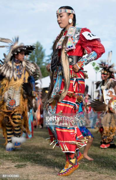 powwow squamish nation editoril - first nations stock pictures, royalty-free photos & images