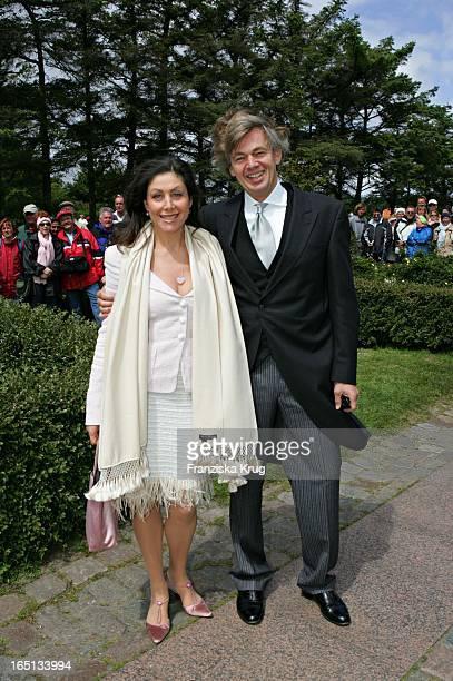 Pr Lady Alexandra Von Rehlingen Und Ehemann Dr Matthias Prinz Bei Der Kirchlichen Hochzeit Von Stich In Der St Severin Kirche In Keitum Auf Sylt Am...