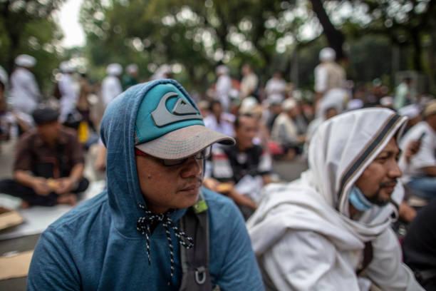 IDN: Rally Near Indonesia Court