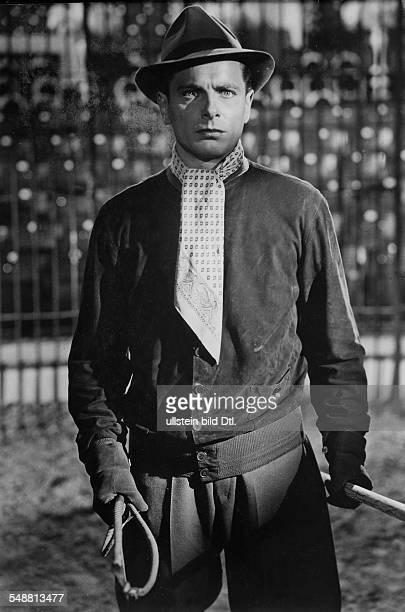 Prack Rudolf Actor Austria * Scene from the movie 'Die grosse Nummer' Directed by Karl Anton Germany 1943 Produced by Tobis Filmkunst Vintage...