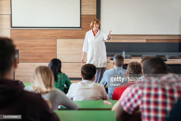 practical part of the exam at university - rating stock pictures, royalty-free photos & images