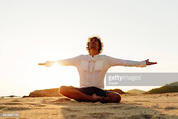 Practicing yoga and meditation in summer for healthy lifestyle