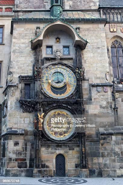 prague astronomical clock - astronomical clock prague stock pictures, royalty-free photos & images