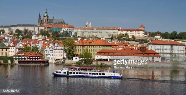 prague castle complex above vltava river - vltava river stock pictures, royalty-free photos & images