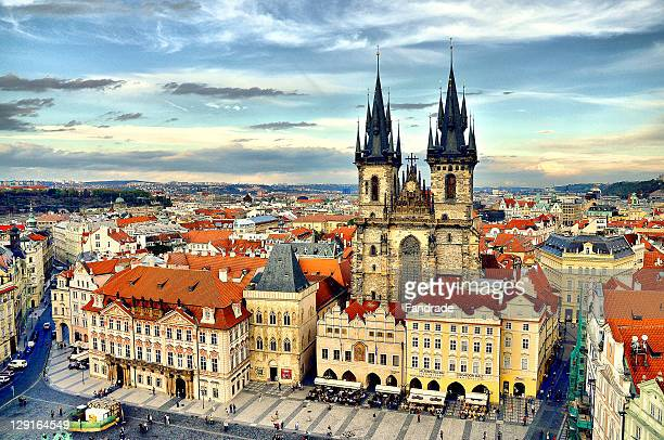 prague castle - prag stock-fotos und bilder
