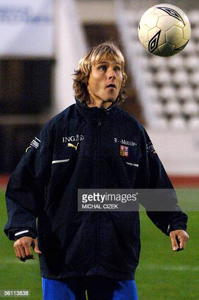Czech's Juventus midfielder Pavel Nedved trains during practice at Strahov stadium in Prague 07 November 2005 Nedved has been recalled to help the...