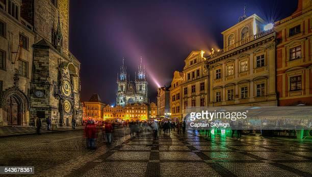 prague old town - プラハ 旧市街広場 ストックフォトと画像