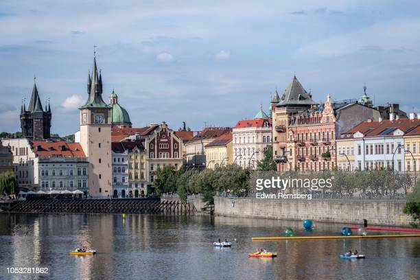 prague - vltava river stock pictures, royalty-free photos & images