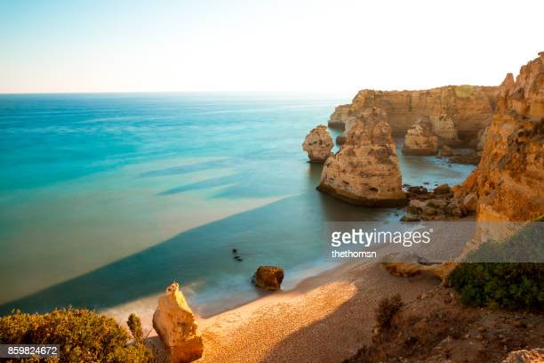 praia da marinha, portugal - mediterranean sea stock pictures, royalty-free photos & images