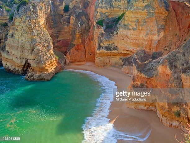 Praia Dona Ana Sweeping Beach