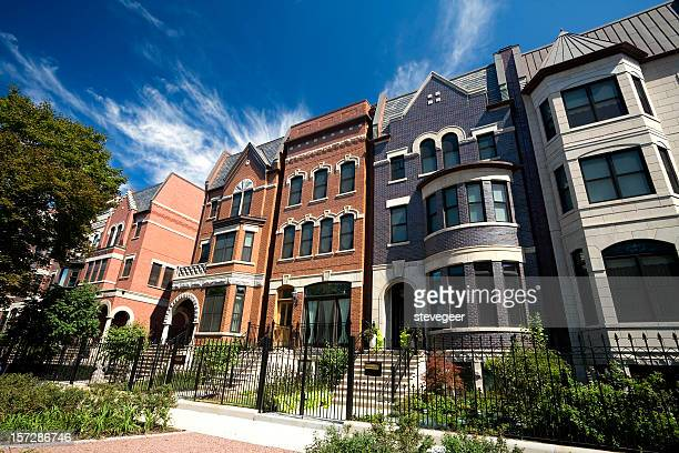 prairie avenue mansions in chicago - chicago stock pictures, royalty-free photos & images