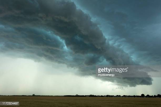 prairie storm saskatchewan canada - dramatic sky stock pictures, royalty-free photos & images