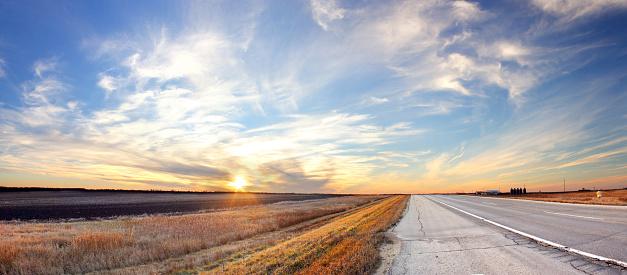 Prairie Sunset 499089398