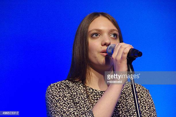 praiseband having a concert. - lead singer stock pictures, royalty-free photos & images