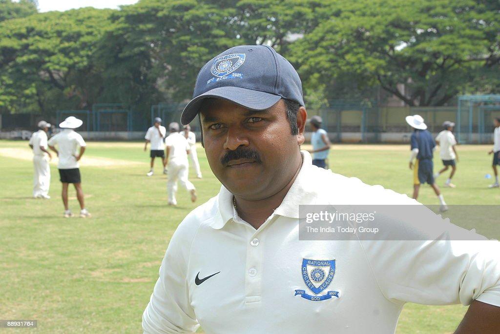 Praveen Amre, Coach of the National Cricket Academy, Bangalore, Karnataka, India (coach Pravin Amre) : News Photo