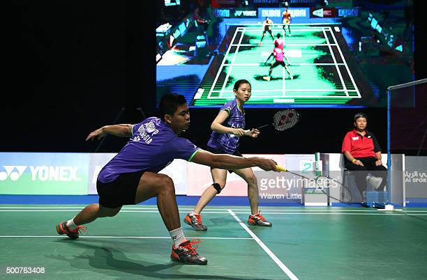 Praveen Jordan and Debby Susanto of Indonesia in action against Sung Hyun Ko and Ha Na Kim of Korea in the Mixed Doubles match during day two of the...
