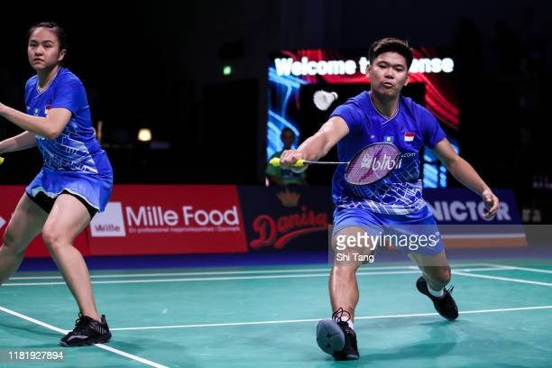 Praveen Jordan and Melati Daeva Oktavianti of Indonesia compete in the Mixed Doubles quarter finals match against Zheng Siwei and Huang Yaqiong of...