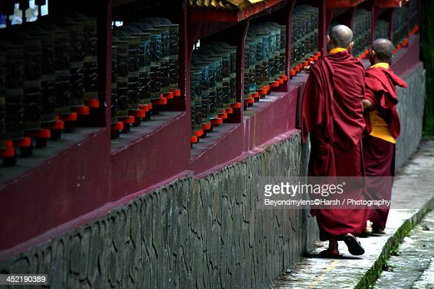 pray to the lord - sikkim stock pictures, royalty-free photos & images