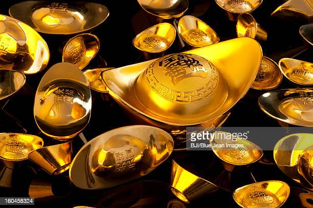 Precious Chinese traditional currency gold yuanbao ingots