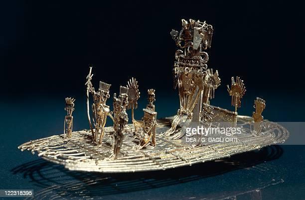 PreColumbian civilizations Colombia 10th16th century Goldsmith Art Chibcha civilization Cacique Guatavita 's raft in gold and emeralds