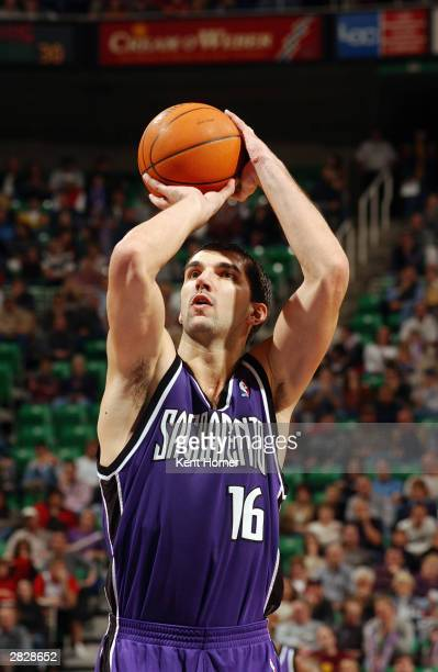 Predrag Stojakovic of the Sacramento Kings shoots a free throw during the game against the Utah Jazz on December 12 2003 at the Delta Center in Salt...