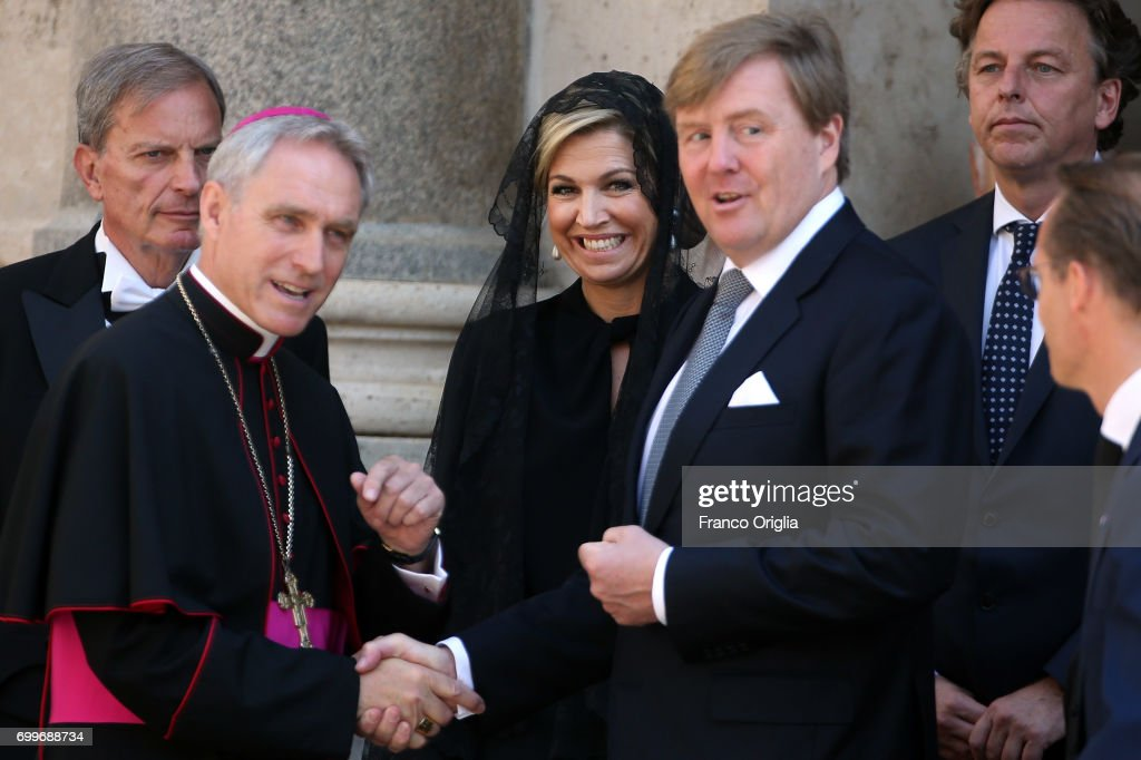 Pope Meets King And Queen Of The Netherlands : Nieuwsfoto's