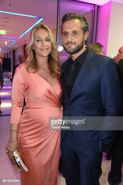 Pregnant Caroline Beil and her boyfriend Philipp Sattler attend the Gloria Deutscher Kosmetikpreis 2017 at Hilton Hotel on March 31 2017 in...
