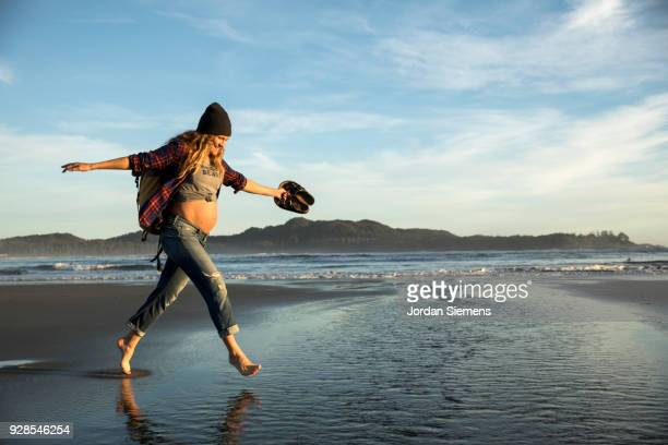 a pregnant young woman - beauty in nature stock pictures, royalty-free photos & images