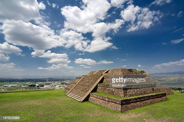 pre-hispanic teotenango pyramid mexico - aztec civilization stock photos and pictures