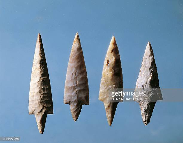Prehistory Italy Polished flint arrow points from Remedello
