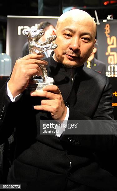 Preisträger Wang Quan an mit dem Silbernen Bären für das beste Drehbuch des Films -Tuan Yuan- beim RadioEins Berlinale Nighttalk am Rande der 60....