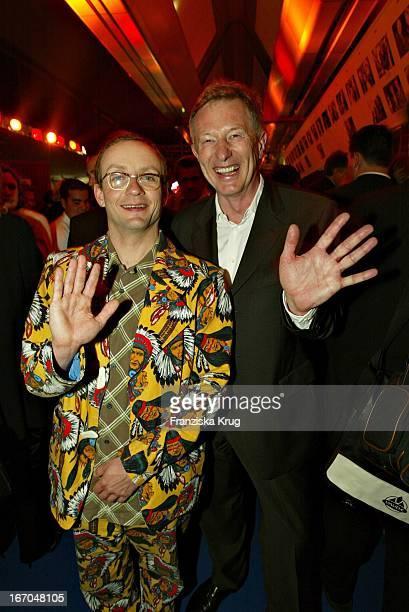 Preisträger Wigald Boning Und Alfred Bremm Bei Der Verleihung Des 40 Adolf Grimme Preis Im Theater In Marl Am 030404